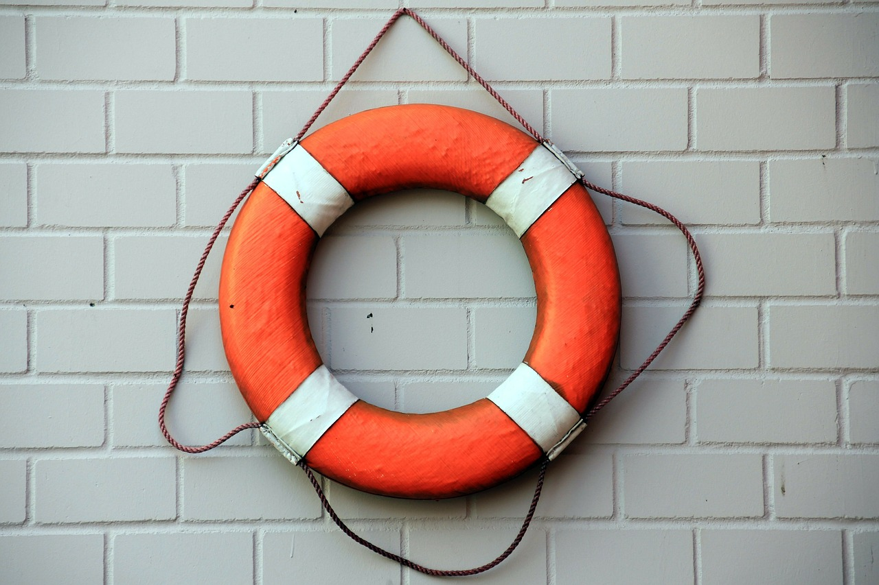 lifeguard certification courses