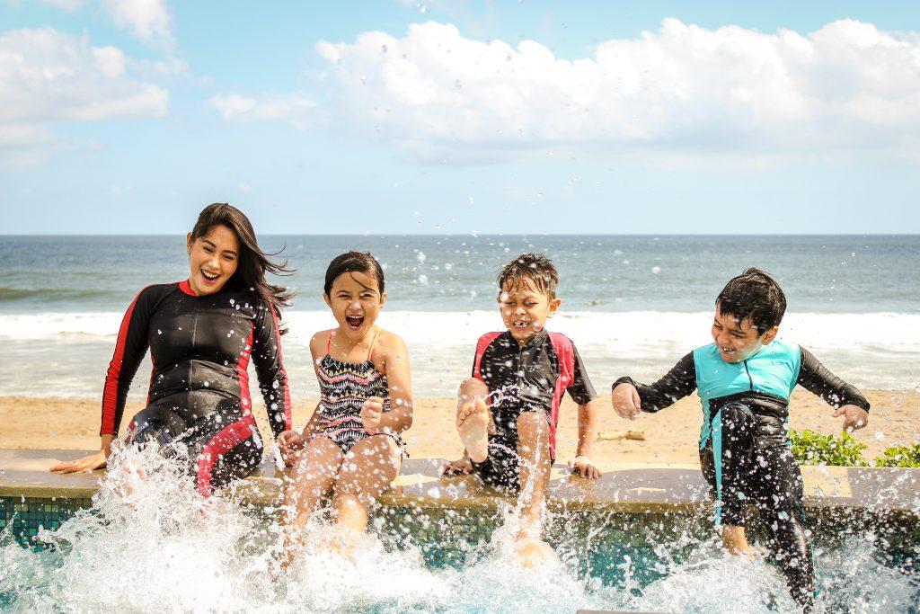 beginners swim lessons
